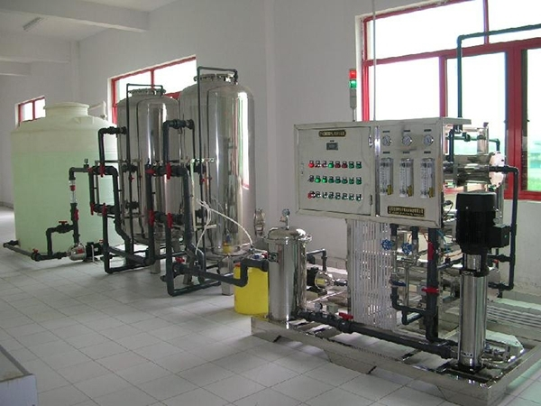 反渗透水处理设备的介绍和应用
